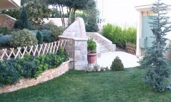 Διαμόρφωση ιδιωτικού κήπου στον Διόνυσο
